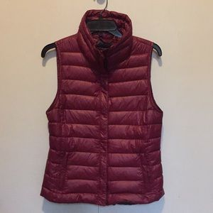 Gap insulated vest, 90% down